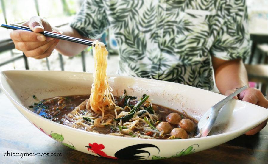 big boo noodle/ Thai soup noodle チェンマイグルメ|ローカルに人気沸騰のクィッティアオ(タイラーメン)