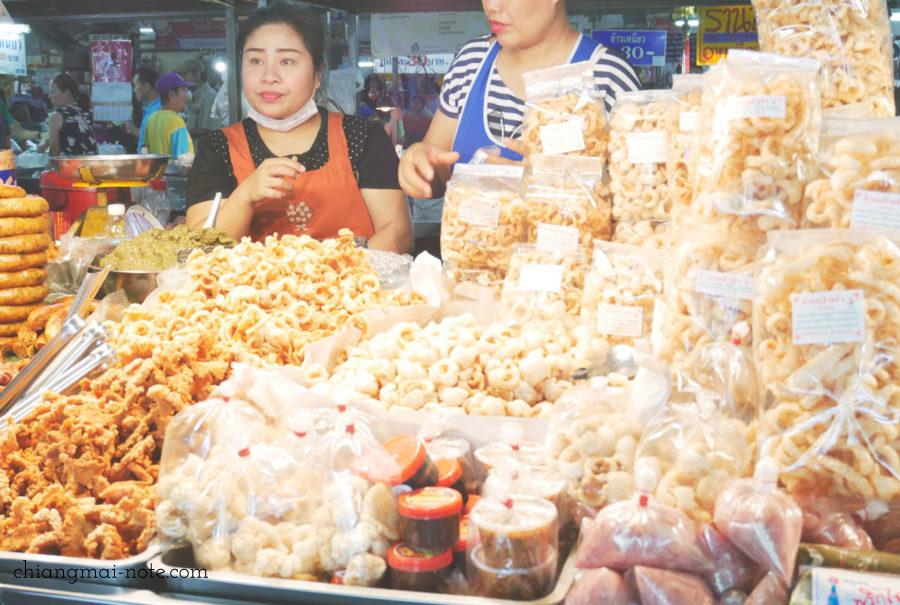 いつも混んでる。ケープムーの専門店。チェンマイ門市場
