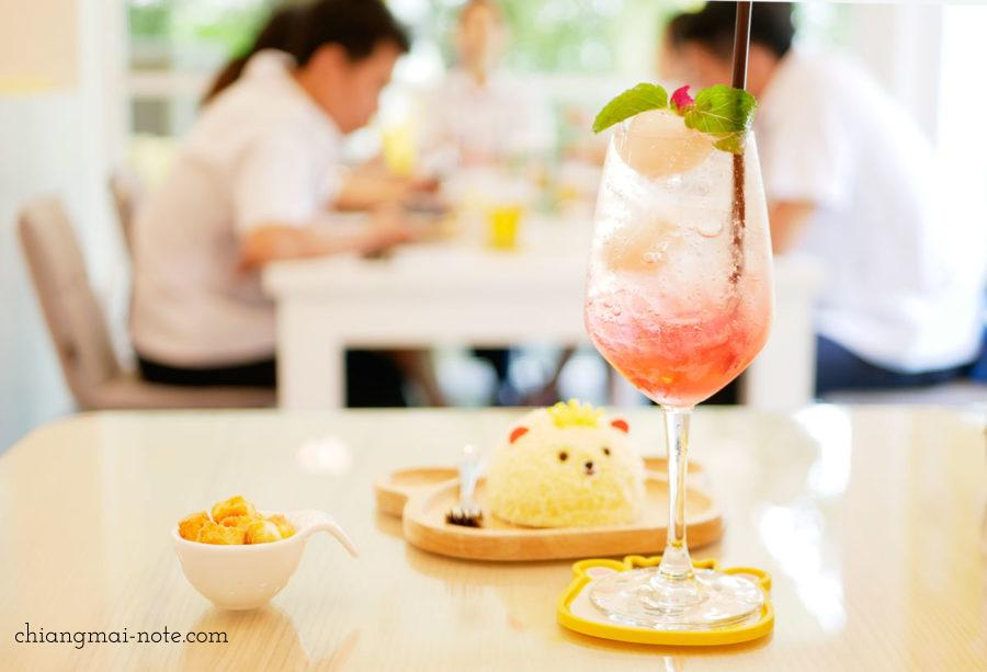 barneo デザートバー チェンマイ 食事