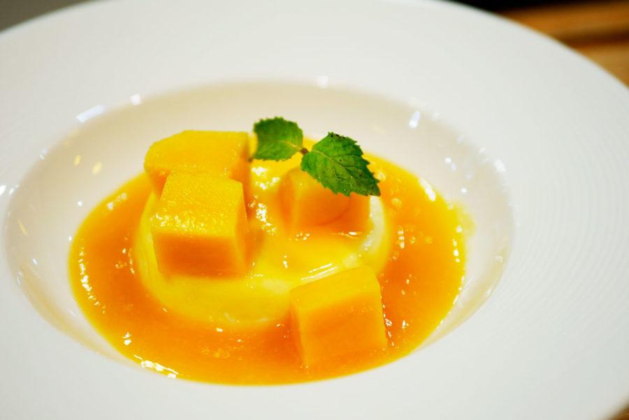 カフェ巡り|フルーツ専門カフェのマンゴーデザート
