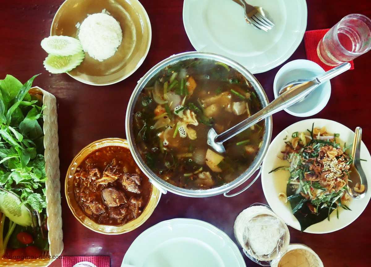 私が勝手に【チェンマイ薬膳】と呼んで愛してやまないチェンマイ料理レストラン|クルアペットドイガーン